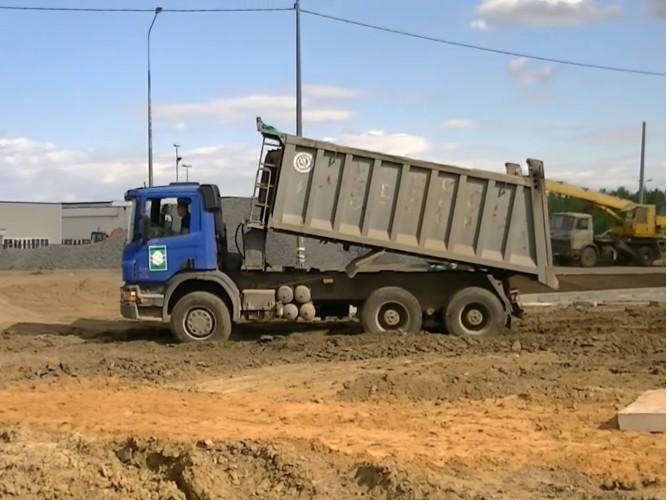 Самосвал Volvo 30 т